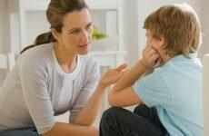 Можно ли ругать ребенка и как это делать правильно