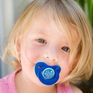 Как безболезненно отучить ребёнка от пустышки